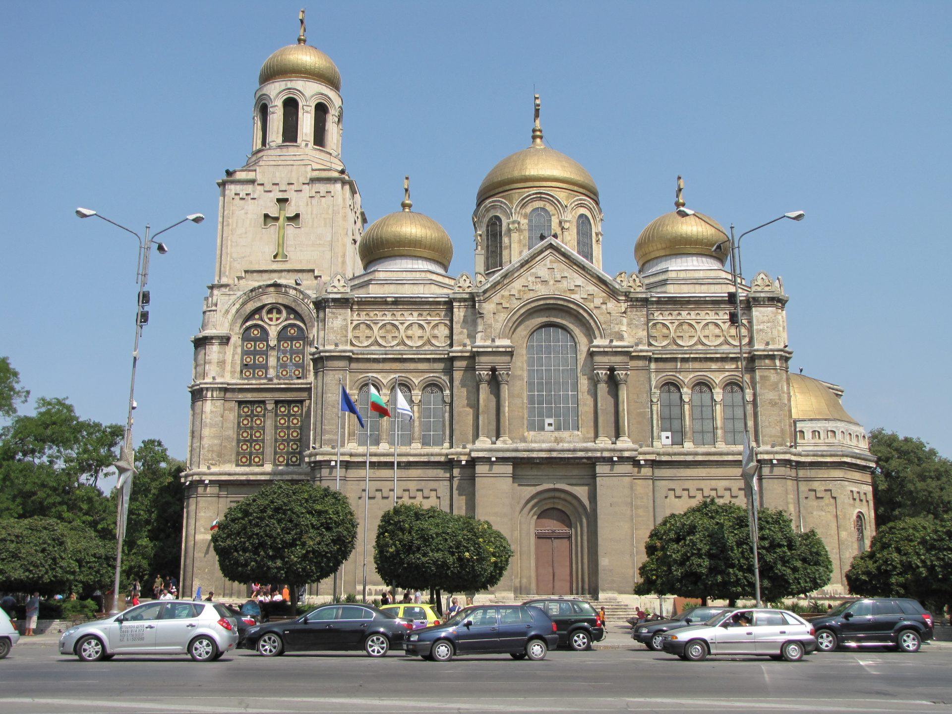 Varna - kostel Sveta bogorodica (1)